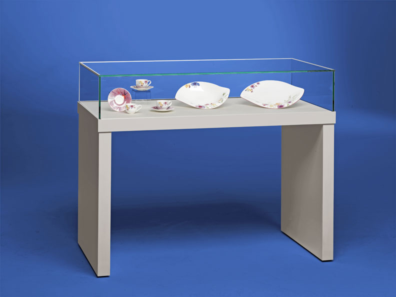 Stuttgart Table Display Case
